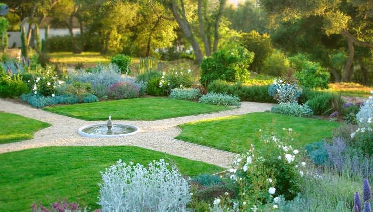 Large Yard Landscaping Ideas - Landscaping Network on Backyard Lawn Designs  id=82226