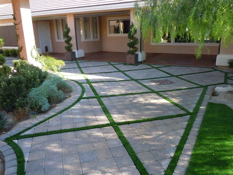 Paver Patio Ideas - Landscaping Network on Backyard Pavers And Grass Ideas id=75667