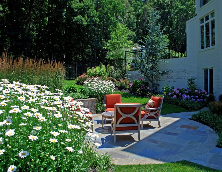 Designing a Small Patio - Landscaping Network on Small Backyard Stone Patio Ideas id=87865