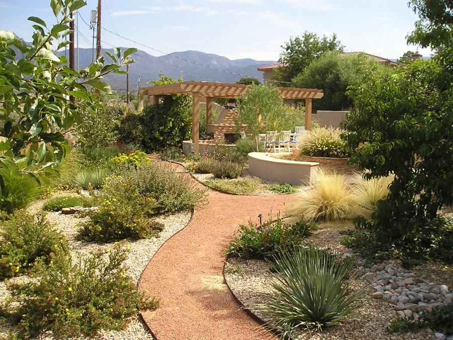 Low Maintenance Backyards - Landscaping Network on Xeriscape Backyard Designs  id=78657