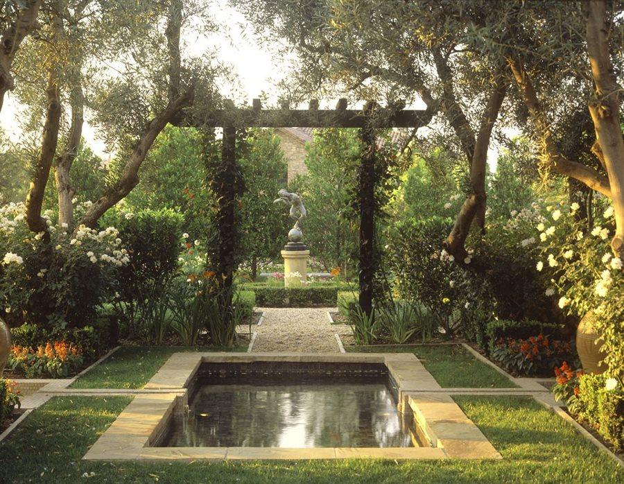 Garden Pond Design Ideas - Landscaping Network on Backyard Pond Landscaping Ideas  id=56777
