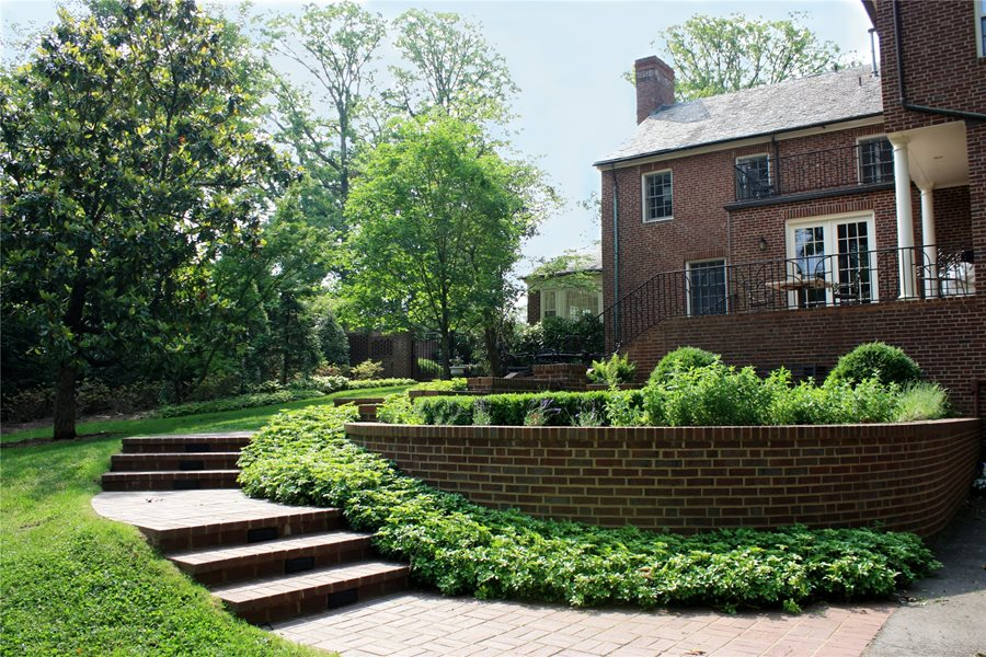 Terraced Backyards - Landscaping Network on Terraced Front Yard Ideas id=19571