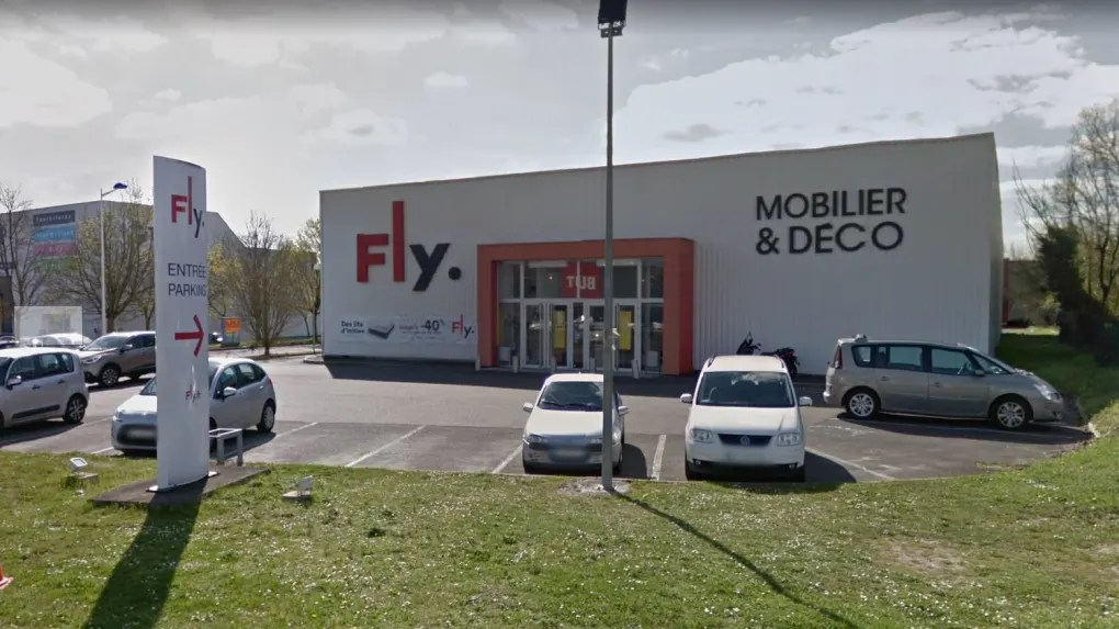 chambray les tours le magasin fly est
