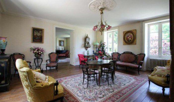 For sale, Paris, 18th arrondissement, house, bedrooms: 5 - 3
