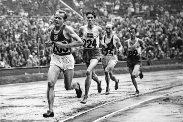 The smile-less Czech Zátopek won the 10,000m at the 1948 London Olympics. Photo: Wikimedia Commons