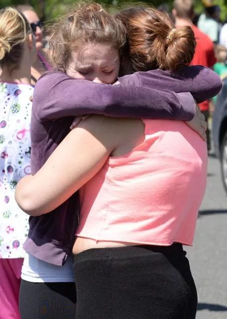 Oregon school attack: Student, shooter dead