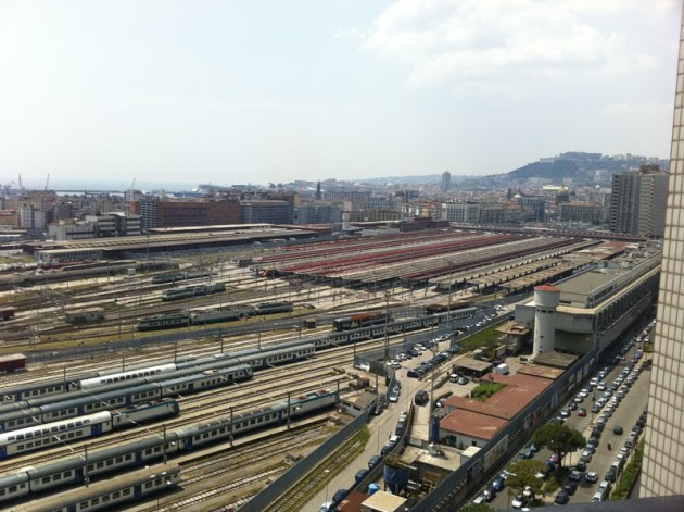 Napoli_Centrale_railway_station_(aerial_view)