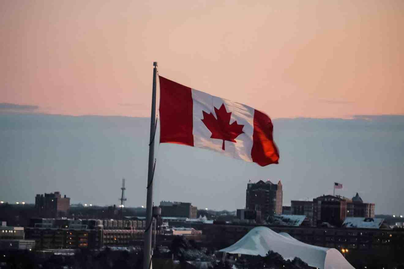 bandiera canada