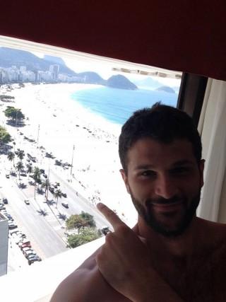 Davide Saitta appena atterrato a Rio. Foto LiveUniCt