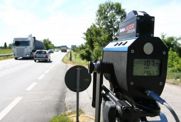 10 07 2007Polizia controlli velocità multanova autovelox telelaser Ph.FotoLive Ettore Ranzani