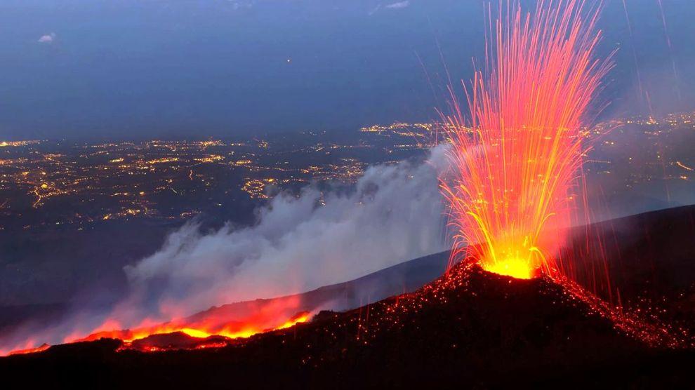 Vulcani Disegni: Etna, Ricostruita In 3D La Storia Del Vulcano E Delle Sue