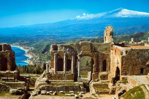 sicilia turismo teatro antico taormina