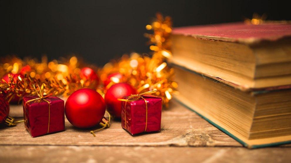 Regali Di Nataleit.Regali Di Natale Last Minute I 10 Libri Da Regalare Agli Amanti