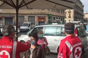 Controlli al mercato di Catania