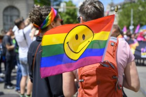 cronaca catania omofobia