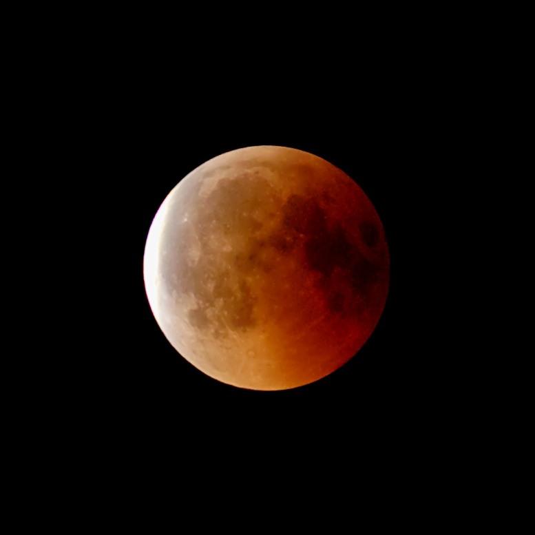 Luna di Sangue luglio