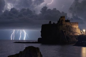 Tempesta di fulmini a Catania