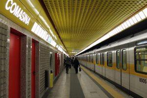 Trasporti Milano: fermata della metro di Comasina