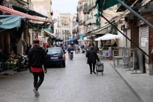 Strada di Palermo poco trafficata