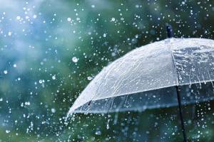 ombrello con pioggia