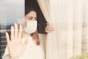 Donna in quarantena