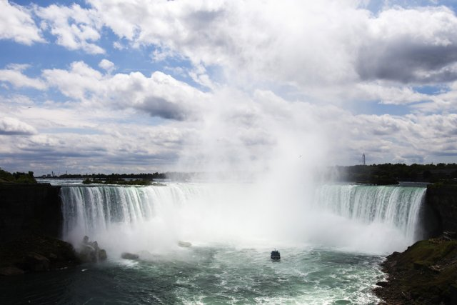 Niagara Falls... (PHOTO MARK BLINCH, ARCHIVES REUTERS)