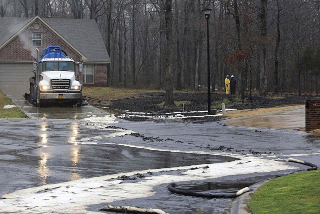 Le pipeline qui s'est brisé à Mayflower transporte... (Photo: Reuters)