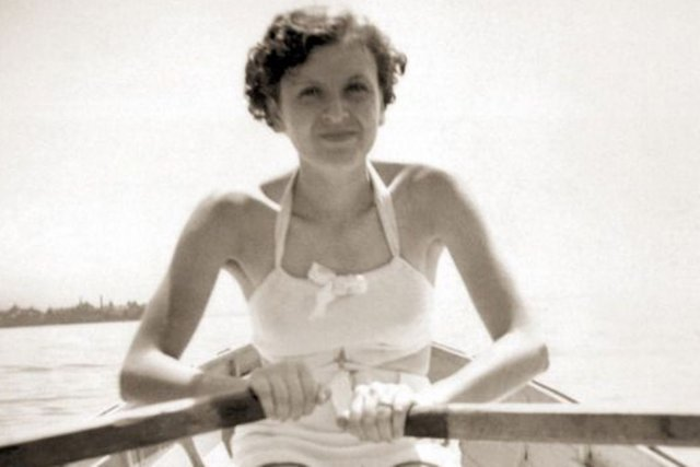 Eva Braun, en 1931.... (Photo Life.com)