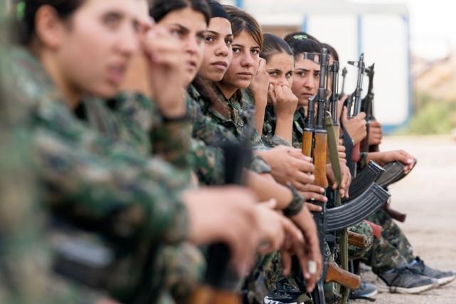 """Résultat de recherche d'images pour """"kurdistan guerre des filles"""""""