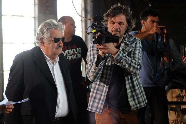L'ancien président uruguayen José Mujica et le cinéaste... (PHOTO MIGUEL ROJO, AFP)