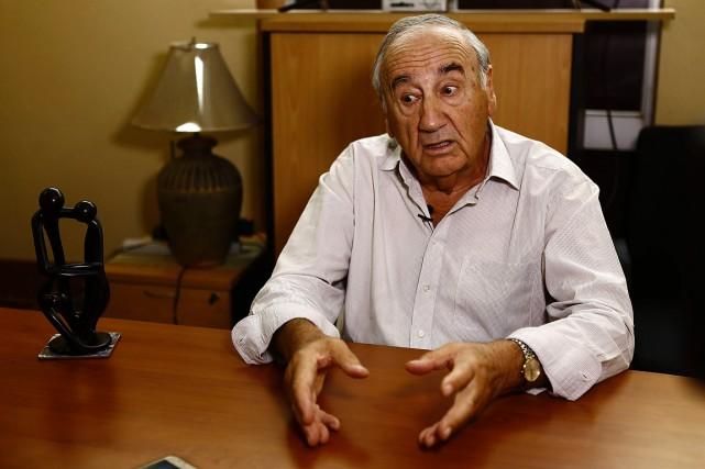 Charles Bonnet, 83ans, lors de son entretien avec... (ASHRAF SHAZLY, AFP)