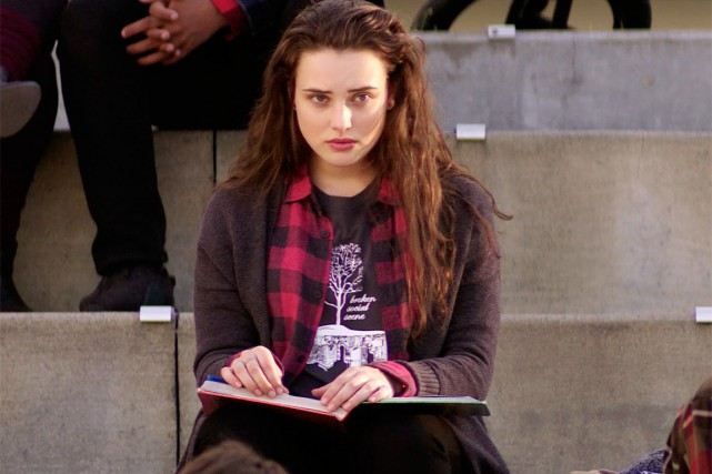 La série13 Reasons Whytraite du suicide d'une adolescente,Hannah...