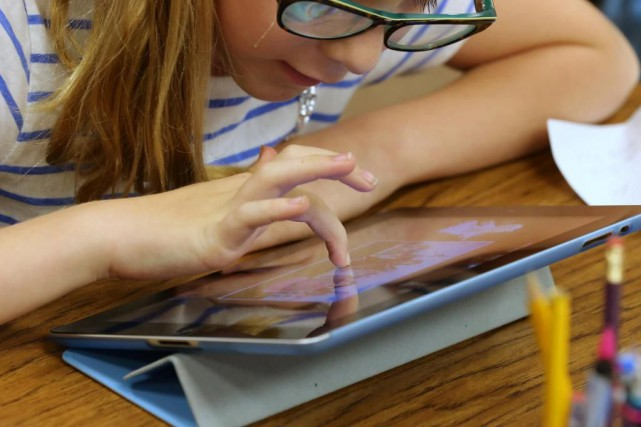 Pour prévenir des problèmes oculaires, l'Association canadienne des... (Photo George Frey, archives Bloomberg News)