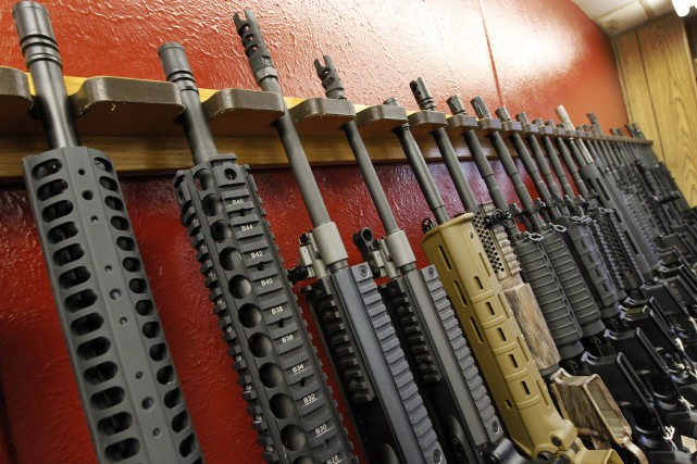 Un magasin d'armes à Aurora, dans le Colorado.... (AP)