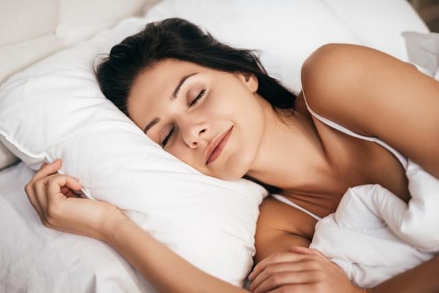 Le stress et l'anxiété pourraient avoir un effet sur les rêves faits la nuit,... (PHOTO THINKSTOCK)