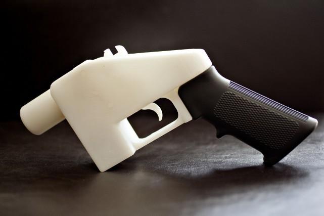 Ces armes à feu, faites de polymère, ne... (ARCHIVES)