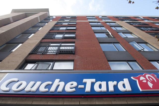Alimentation Couche-Tard augmente son dividende trimestriel de 25% après avoir... (PHOTO GRAHAM HUGHES, ARCHIVES LA PRESSE CANADIENNE)