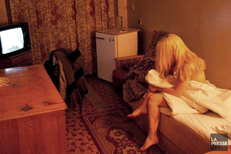Les Prostitues Dsertent La Main Caroline Touzin La