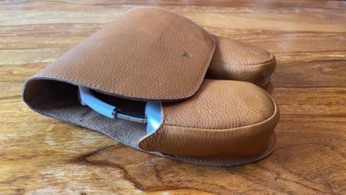 capra leather case review extended arms