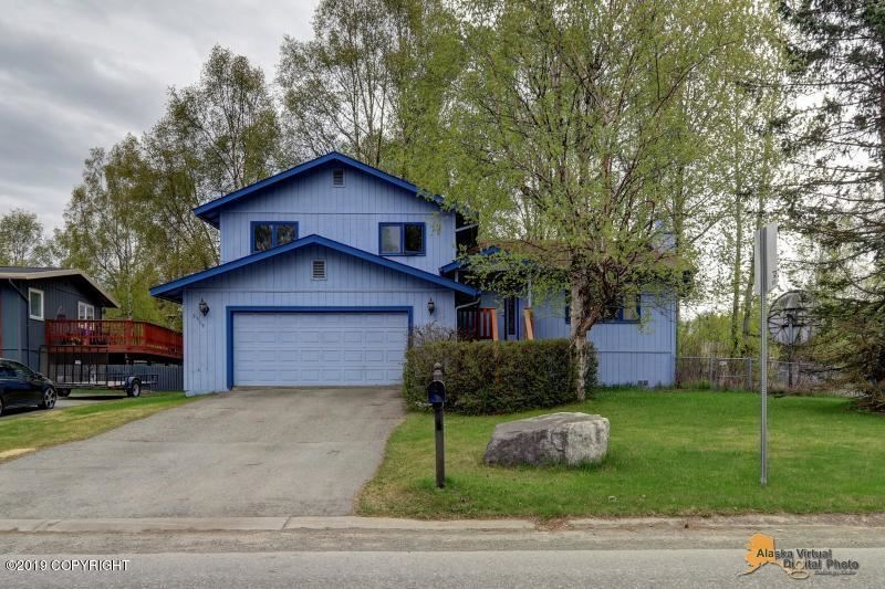 Photo for 3519 Checkmate Drive, Anchorage, AK 99508 (MLS # 19-8202)