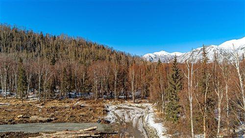 Photo of 3001 Butte Road, Palmer, AK 99645 (MLS # 21-5384)