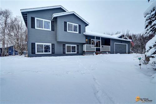 Photo of 2268 S Amherst Court, Palmer, AK 99645 (MLS # 20-550)