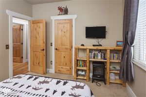 Tiny photo for 11268 Sitka Rose Circle, Eagle River, AK 99577 (MLS # 18-17706)