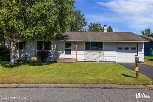 Photo of 8401 Dagan Street, Anchorage, AK 99502 (MLS # 21-12964)