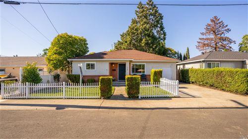 Photo of 1124 Whitney Avenue, Napa, CA 94559 (MLS # 321050170)
