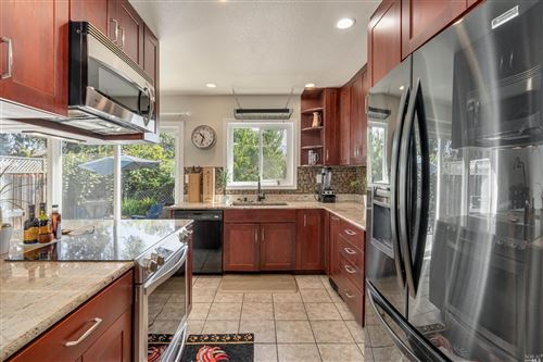 Tiny photo for 12 Ivy Court, Yountville, CA 94599 (MLS # 321079590)