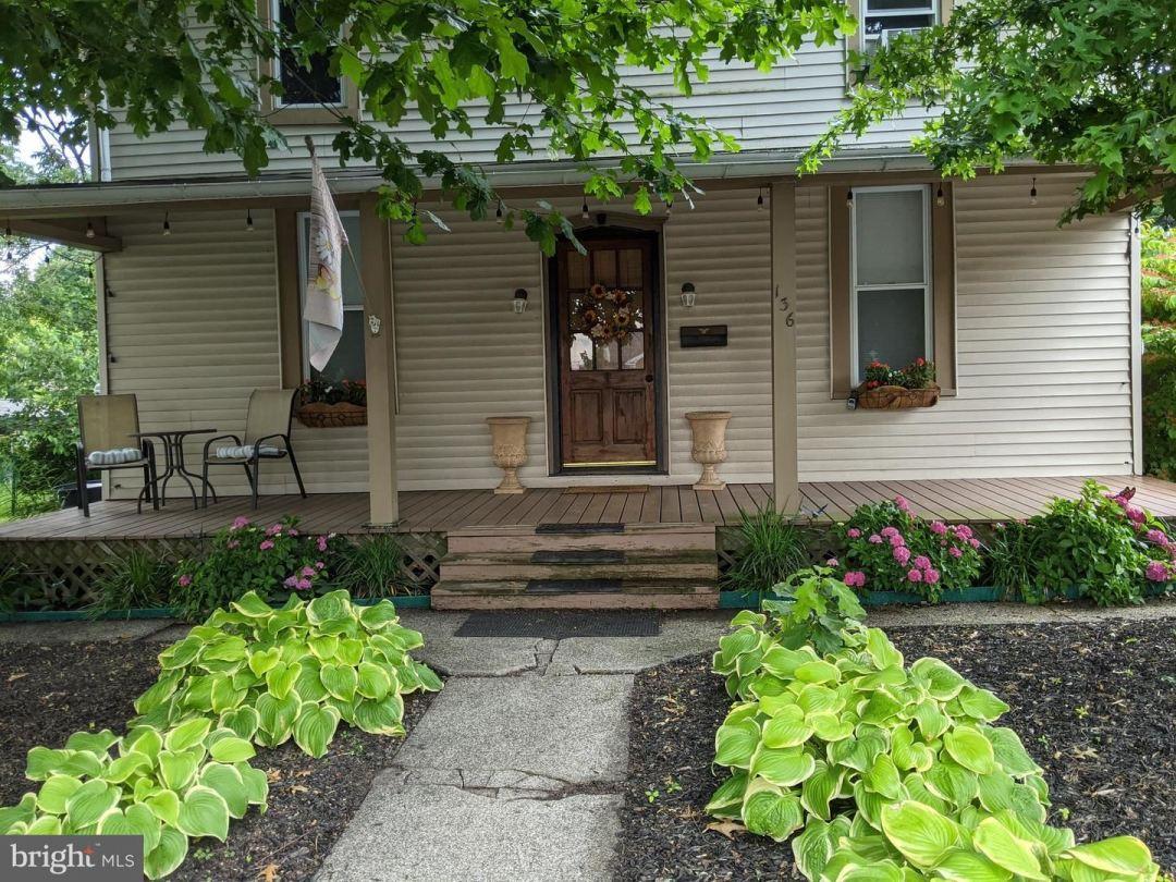 Photo of 136 N BRANCH ST, SELLERSVILLE, PA 18960 (MLS # PABU2003022)