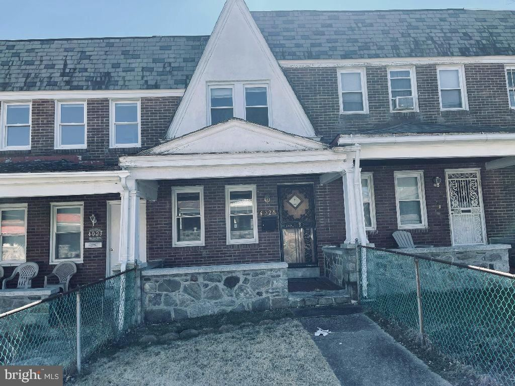 Photo of 4025 CRANSTON AVE, BALTIMORE, MD 21229 (MLS # MDBA542038)