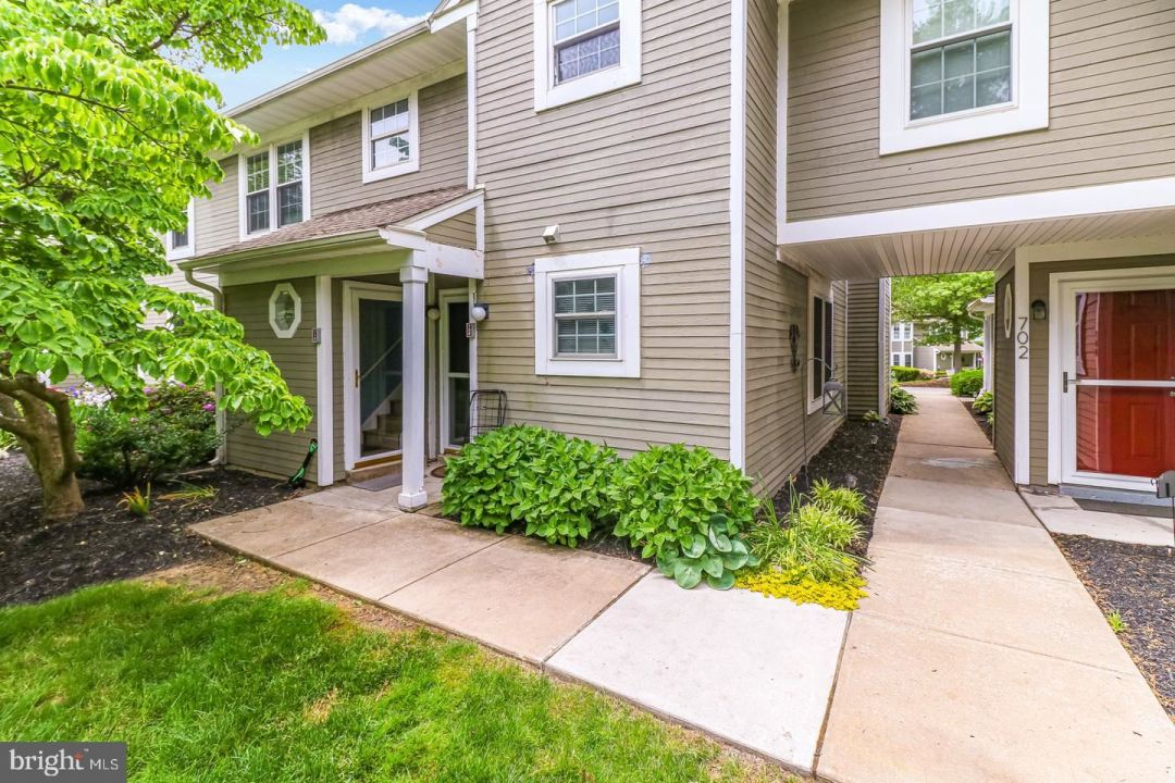 Photo for 710 SCOTCH WAY, WEST CHESTER, PA 19382 (MLS # PACT539064)
