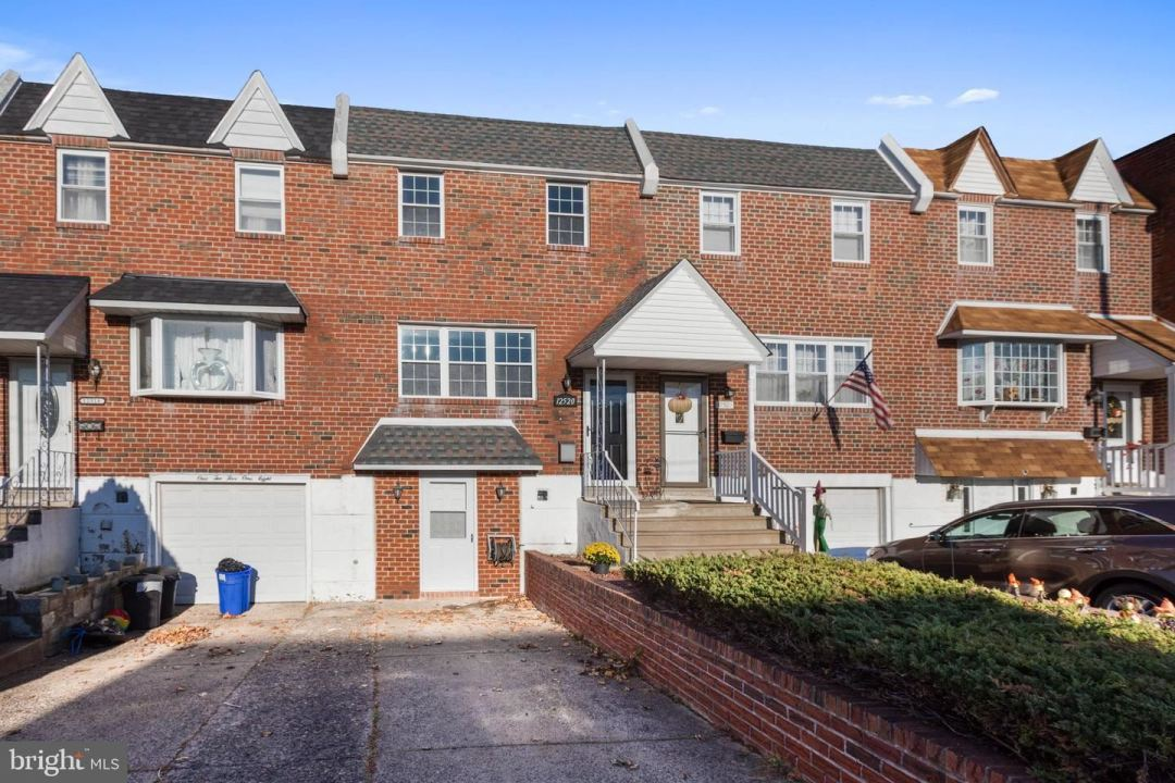 Photo of 12520 BISCAYNE DR, PHILADELPHIA, PA 19154 (MLS # PAPH967092)
